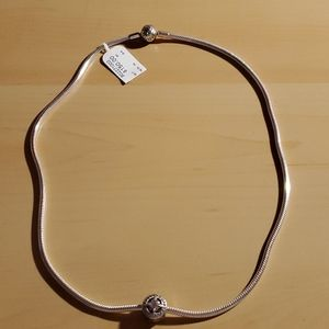 NWT Pandora Snake Chain Necklace 19.7 in w/ charm